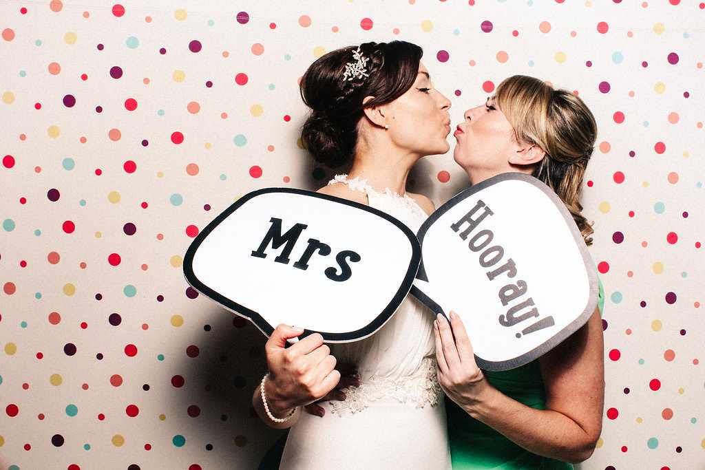 Marianne and Jack - Nonsuch Manor - Mrs Hooray Photo Booth