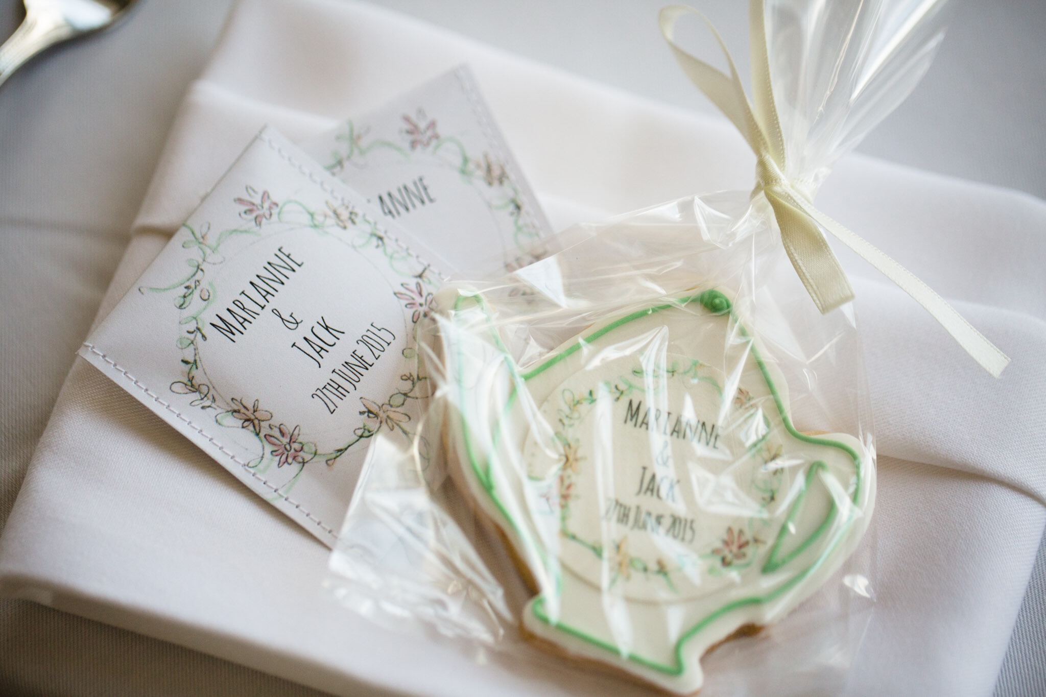 Marianne and Jack - Nonsuch Mansion - Favours